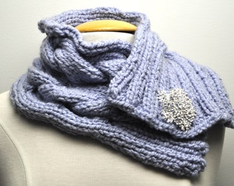 Knit Cable Cowl in Lilac with decorative pin