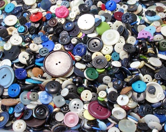 150 Scrapbooking Buttons, Craft Buttons, Cardmaking Buttons, Sewing Buttons, Button Grab Bag, Button Mix