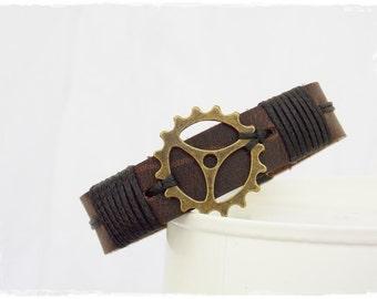 Men's Leather Bracelet, Steampunk Bracelet, Men's Leather Cuff, Clock Gear Men's Wristband, Men's Leather Jewelry, Steampunk Wristband Cuff