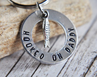 Dad Gift - Dad to Be Gift - Fishing Gift - Gift for Dad - Fisherman - Fish Key Chain - Hooked on Daddy Keychain - Pregnancy Reveal