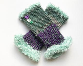 Green Fingerless Mittens - Sage Frilly Fingers - Green Fingerless Handwarmer Gloves Wrist Warming Gloves - green ladies mittens winter glove