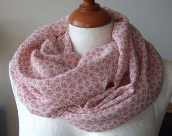 Infinity scarf loop circle eternity tube delicate powder pink daisies, floral summer scarf, summer fashion, light pink flowers scarf