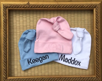 Personalized knotted baby hat. 0-6 month size.  Monogrammed knotted baby cap in white, blue or pink.