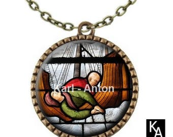 Bronze colored necklace with round pendant + chain pattern stained glass in the rain (672)