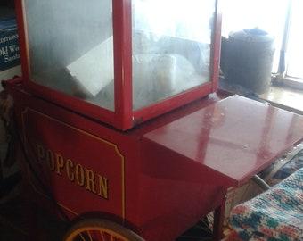 Vintage popcorn machine ca 1911