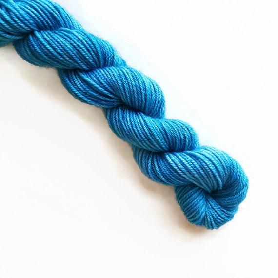BREEZE hand dyed yarn mini skein. sock fingering yarn, merino wool superwash knitting embroidery. sock mini 4 ply. sea nautical blue yarn