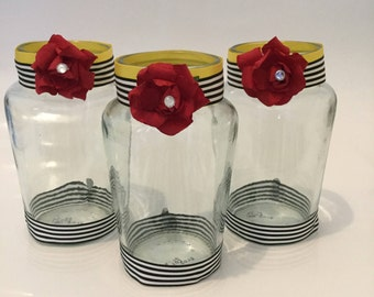 Glass Jar Craft - Party Bags for Girls.