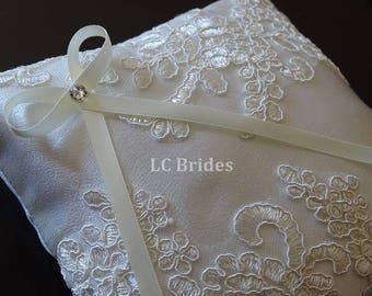 Ivory Ring Bearer Pillow, Wedding Pillow, Wedding Ring Pillow, Ivory