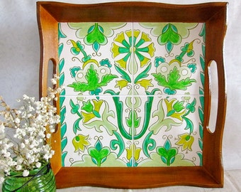 """Tray with hand-painted """"Green rhapsody"""""""