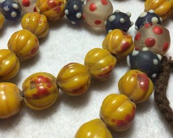 "25"" Vintage Mixed Art Glass Trade Bead Strand #0046"