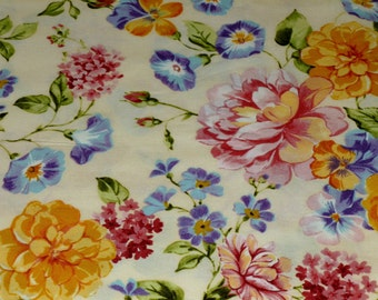 Springtime floral cotton fabric, summer flowers print fabric, Robert Kaufman quilt fabric, floral material, Summer Garden, cottage chic