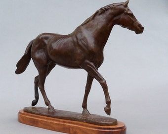 Horse Sculpture Secretariat Hot Cast Signed Bronze Race Horse Thoroughbred Kentucky Lost Wax