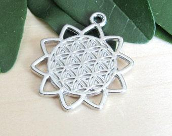 Flower of life Pendant, set of 2. Large pendant, carved pendant, sacred flower, Silver flower, yoga pendant, Large charm, flower of life