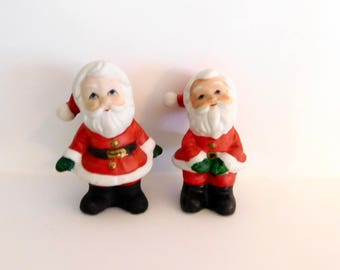 Christmas Santa Salt and Pepper Shakers, Lefton Ceramic Santa Figurines, Made in Taiwan, 1950s, Mid Century