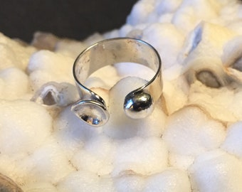Ball and cup silver adjustable ring