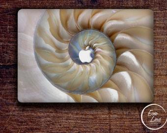 Spiral shell Macbook decal / Macbook Sticker / Stickers macbook pro / Laptop sticker / Stickers laptop / Macbook pro 13 case / EL034