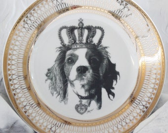 King Charles Cavalier Spaniel Plate, Gold or Silver Dinnerware Dish, Formal Tableware, Foodsafe, Dog crown Plate, Payment Plans Available
