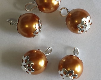 5 pendants 10mm orange pearl beads