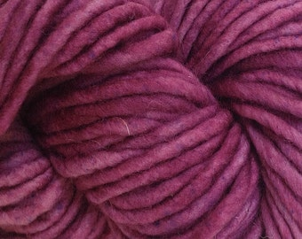 Bulky / Chunky Weight Hand Painted Wool Yarn Pencil Roving in Plum Pie 60 yards Hand Dyed Pink
