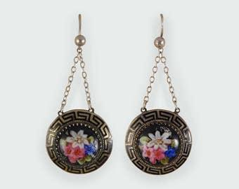 Late Victorian Porcelain Flower Earrings E13