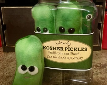 Single Plush Pickle Play Food