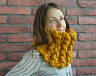 Chunky Snood, Super Chunky Infinity Scarf, Oversized Knit Cowl, Bulky Knit Scarf,Oversized Skarf, Handknitted, 100% Merino Wool,18 micron