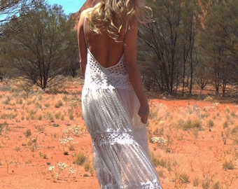 The Wanderer lace wedding dress