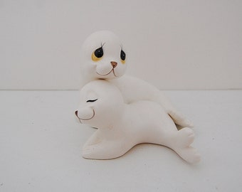 Vintage Seal Figurines, Mother and baby Seals Oxford, Vintage Kitsch Animal figurines, Baby Animals