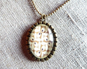 Oval glass cabochon pendant necklace olive leaves
