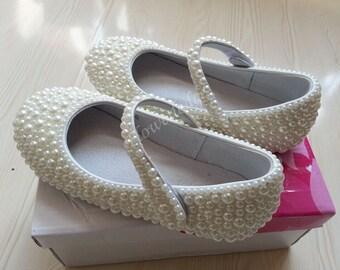 ivory pearl beads girls shoes custsom for littler girl bigger girl all size available for customize ivory youth shoes pearl baby girl shoes