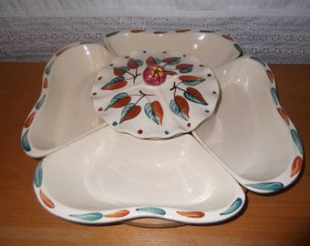 Mid century chip dip set on lazy susan in excellent condition