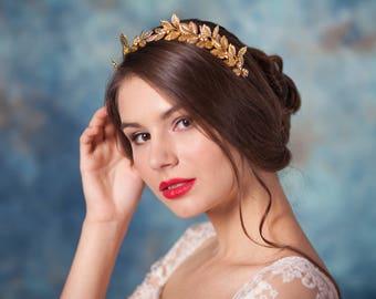 Gold leaf crown Bridal leaf crown Gold leaf tiara Laurel leaf tiara Leaf crown Climbing tiara  Greek leaf crown Grecian headpiece