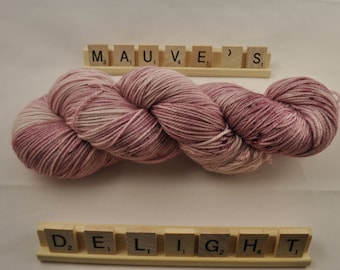 """Hand-dyed yarn, """"Mauve's Delight"""" speckled, variegated, tonal, soft and squishy yarn. Great for socks or shawls. 80/20 Superwash wool/Nylon"""
