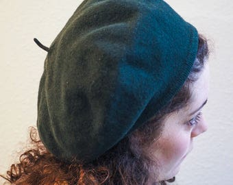 Vintage Wool Beret in Forest Green