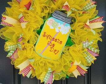 Bright and Beautiful Summer Lemonade Wreath. Yellow Green Red. Mason Jar Sign. Sqeeze the Day