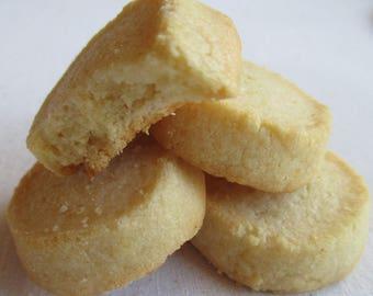 2 Dozen Vanilla Shortbread Cookies