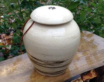 Dog Cremation Urn Up to 160 lb Dog Urn