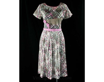 Size 10 Gray & Orchid Purple Plaid Dress - 1950s Sheer Cotton Organdy - Two Tone Ribbon - Full Skirt - Original Belt - Waist 29 - 44127