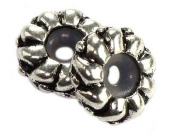 THE Pearl BLOCKER pattern weave in silver charms