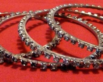 VINTAGE - Set of 4 Rhinestone Bangle Bracelets