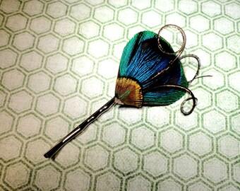 Épingle à cheveux, épingle à cheveux plume de plumes de paon naturel et bleu vif et vert