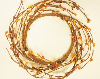 Pip Berry Ring in Orange Tan and Cream, Candle Rings, Country Farmhouse Wreaths, Primitive Fall Decor