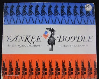 Yankee Doodle // 1965 Soft Cover Vintage Story // Song popularized during Revolution // Good recipe too // Rare Copy // Good Condition