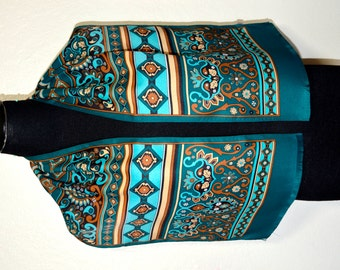Vintage geometrical and stylized flowers pattern scarf.