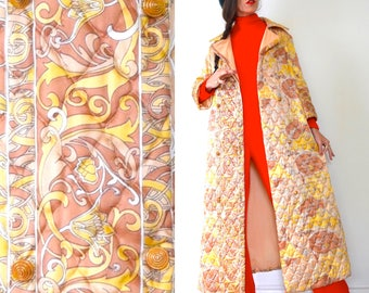 Vintage 60s 70s Gold and Taupe Quilted House Coat