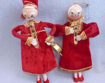 Vintage Mr. and Mrs. Santa Claus Dresssed for Bed Ornaments HO667