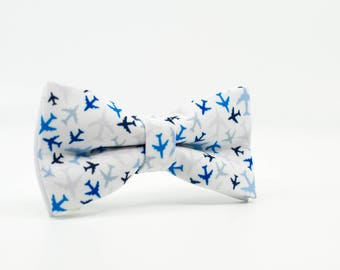 Mens Bow Tie, Blue BowTie, Airplane bow ties, Gift for pilot, Blue bow tie, Wedding bow tie, Traveler gift, Bow ties for men, Men bowtie