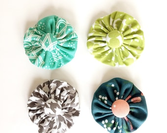 turquoise green and teal fabric flower clip, button hair clip, headband clip, yo yo flower clip, gift under 10, present bow clip
