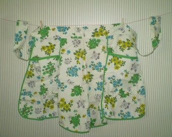 vintage 100% cotton half apron- floral print apron with pockets- blue, yellow, green flowered hand sewn ladies apron