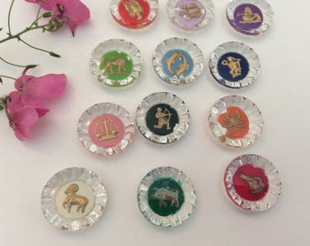 Vintage Intaglio round cab 18mm in diameter Signs of the zodiac C'1950's Pack of 3 different